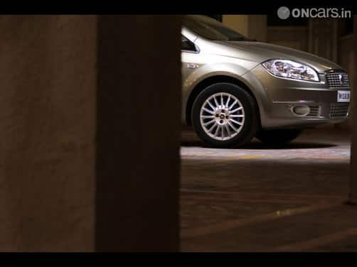 2013 Fiat Linea Classic to launch in India tomorrow