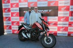 Honda CB Hornet 160R Launch Live: Price, Specifications, Mileage, Colors, Features