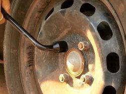 DIY: Changing a wheel (Video)