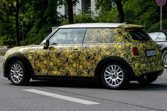 Scoop: Next-gen MINI spotted