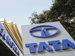 Tata Motors India: Humiliated Tata did Ford a favour by buying out JLR, says Tata Group veteran Pravin Kadle