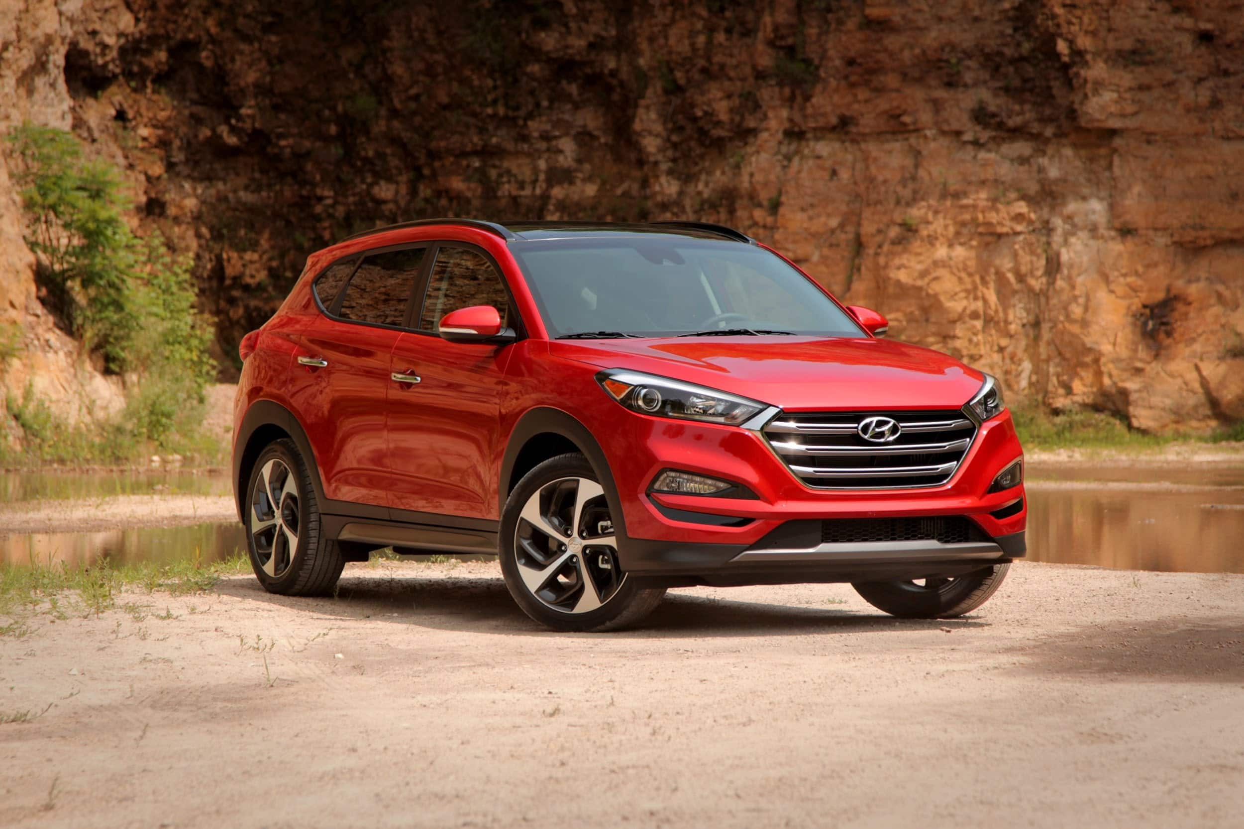 2016 hyundai tucson interior clicked find new upcoming cars latest car bikes news car. Black Bedroom Furniture Sets. Home Design Ideas