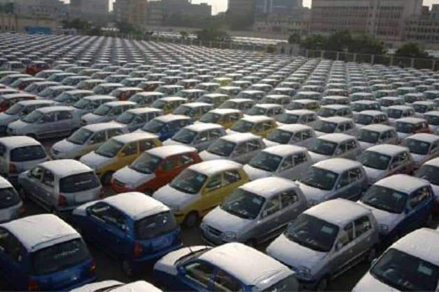 Indian automotive Industry sales hit a 16 year low due to demonetization