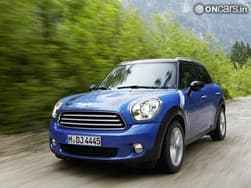 MINI updates its range with new four-wheel-drive models