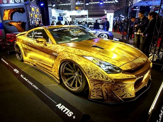 1 Million Gold Plated Nissan Gt R Godzilla Goes Bling