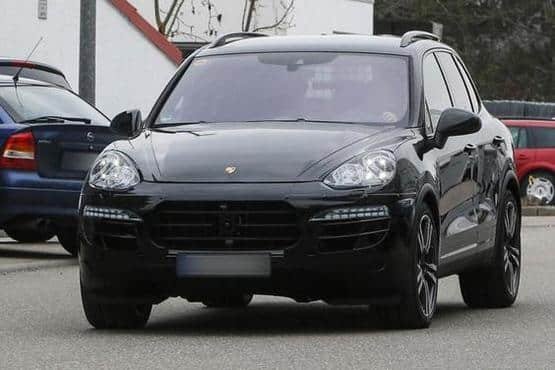Porsche Cayenne facelift spotted | Find New & Upcoming Cars | Latest on porsche cayenne tuning, porsche cayenne exclusive, porsche cayenne upgrades, porsche cayenne common problems, porsche cayenne parts diagram, porsche cayenne design, porsche cayenne forums, porsche cayenne accessories, porsche cayenne limited edition, porsche cayenne specs, porsche cayenne history,