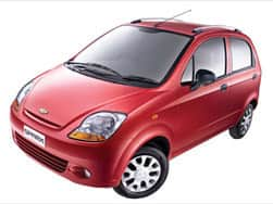 Chevrolet offers 250 Sparks at Rs 2.69 lakh