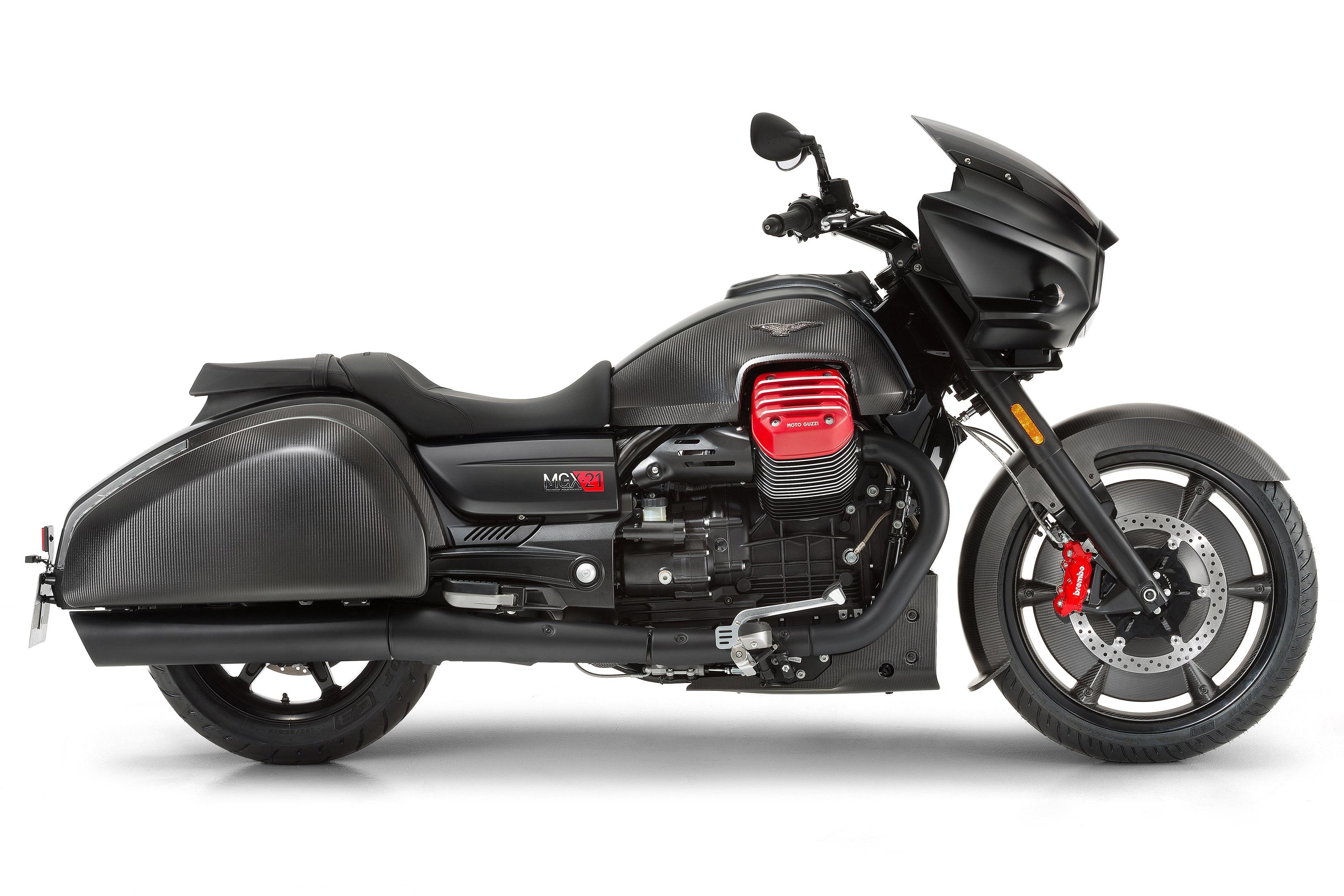 piaggio launches moto guzzi v9 roamer, bobber and mgx-21 in india