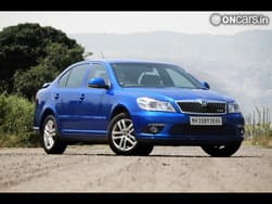 Skoda Laura 1.8 TSI now available with 7-speed DSG