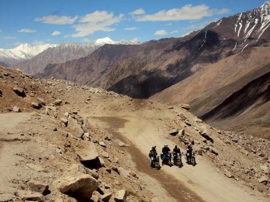 Planning an adventurous ride to Ladakh? Here are some important tips for you