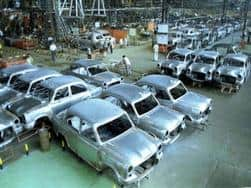Hindustan Motors reports a net loss of INR 8.56 lakh in last quarter of 2014-15