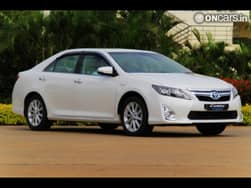 Toyota's latest-gen Camry Hybrid is quietly impressive