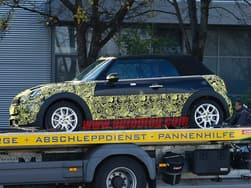 Scoop: Next generation Mini Convertible caught while transporting