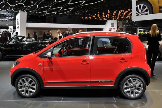 2013 Geneva Motor Show: Volkswagen Cross Up!