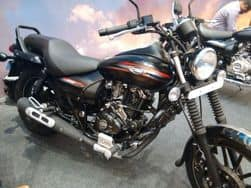 Bajaj Auto aims to sell 20,000 units of its 2016 Avenger Street and Cruise 220