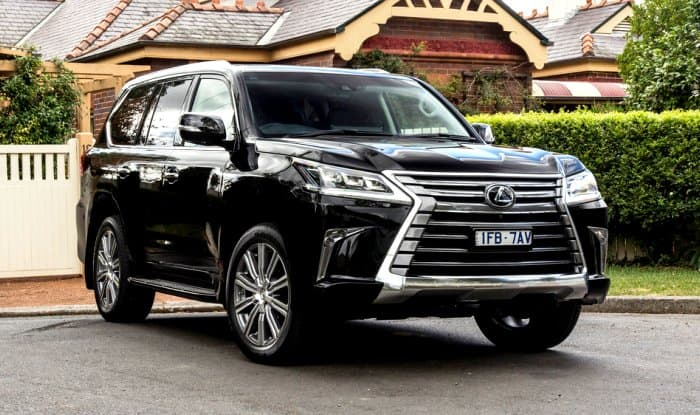 lexus bookings started in india by toyota deliveries in march 2017