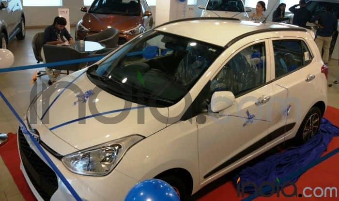 Hyundai Grand i10 2017 facelift launched; price in India starts at ...