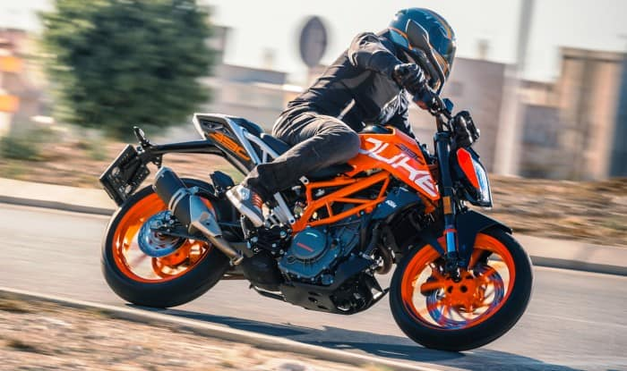 2017 ktm duke 390 launching today in india expected price. Black Bedroom Furniture Sets. Home Design Ideas