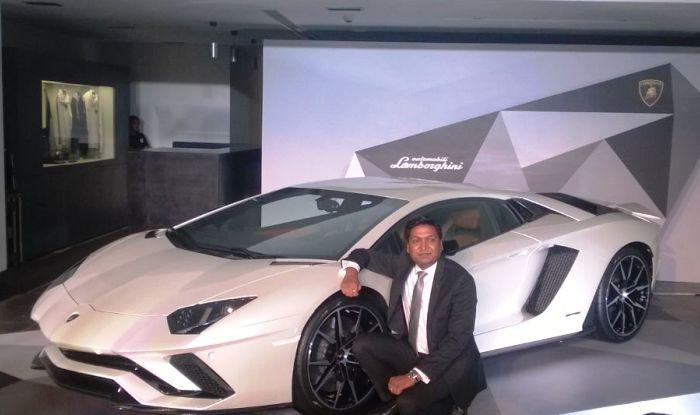 Lamborghini Aventador S launched; price in India is INR 5.01 crore