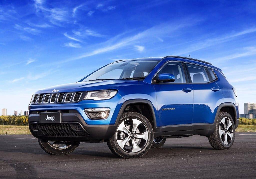 2017 Jeep Compass spotted in India ahead of its launch on 12th April