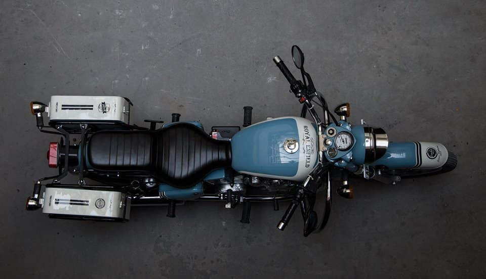 4 Wheeler Car >> This Royal Enfield Bullet 350 'Graduate' is another decently done mod job by Eimor Customs ...