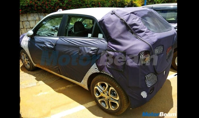 hyundai santro 2018 model. delighful santro santro 2018 carlino u0026 creta facelift going by the spy shots  updated version of premium hatchback is heavily completely camouflaged concealing in hyundai santro 2018 model
