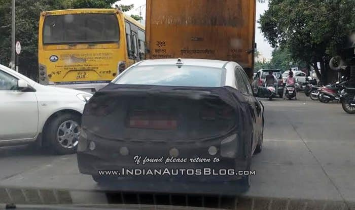 Hyundai Verna 2017 Spied Testing in Maharashtra