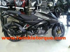 Bajaj Pulsar NS 160 starts reaching dealerships in India; Launch in July 2017