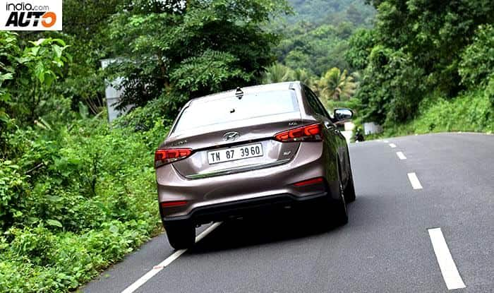 Hyundai Verna 2017 rear profile
