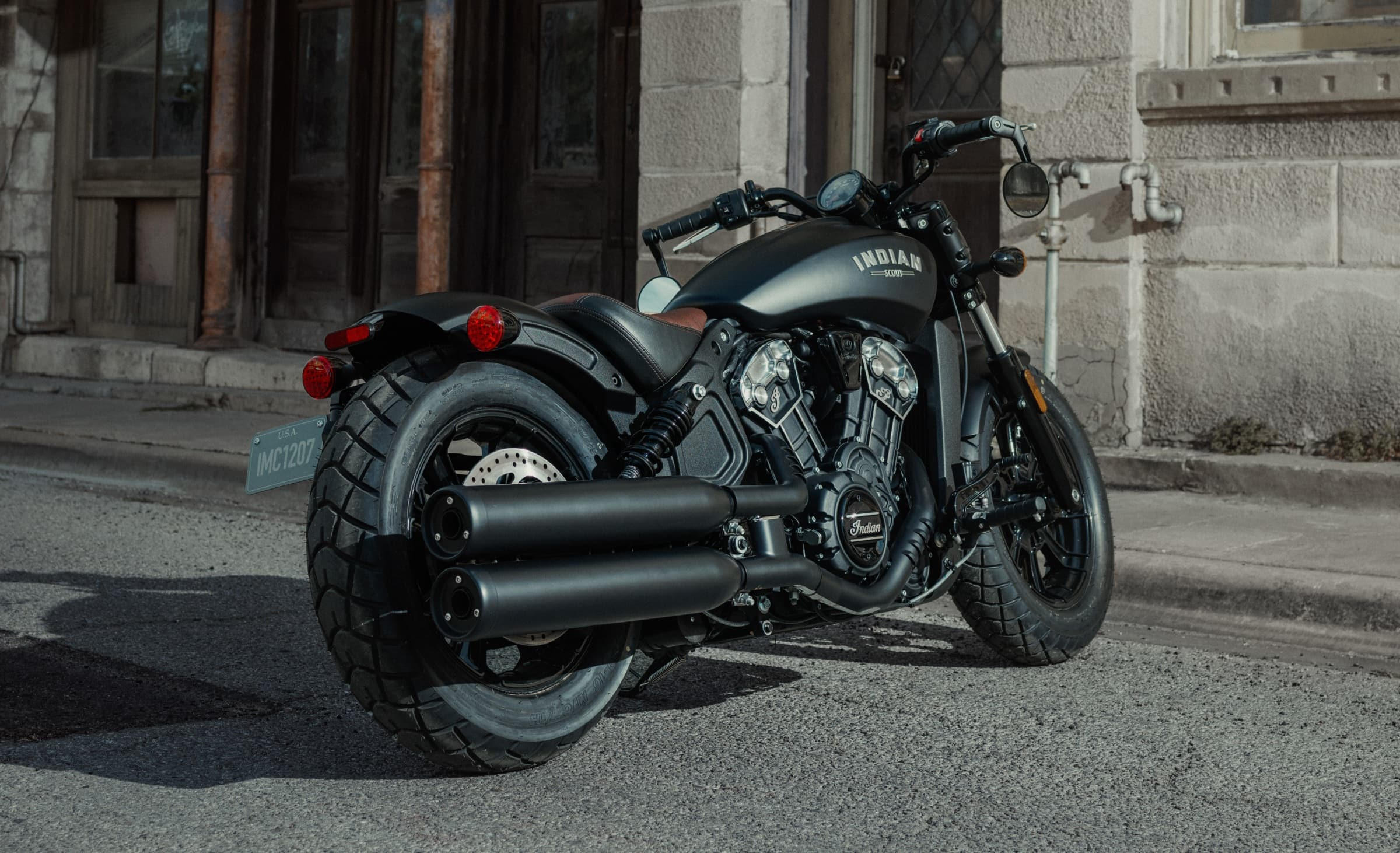2018 Indian Scout Bobber Launched at India Bike Week 2017; Priced in India at INR 12.99 Lakh | Find New & Upcoming Cars