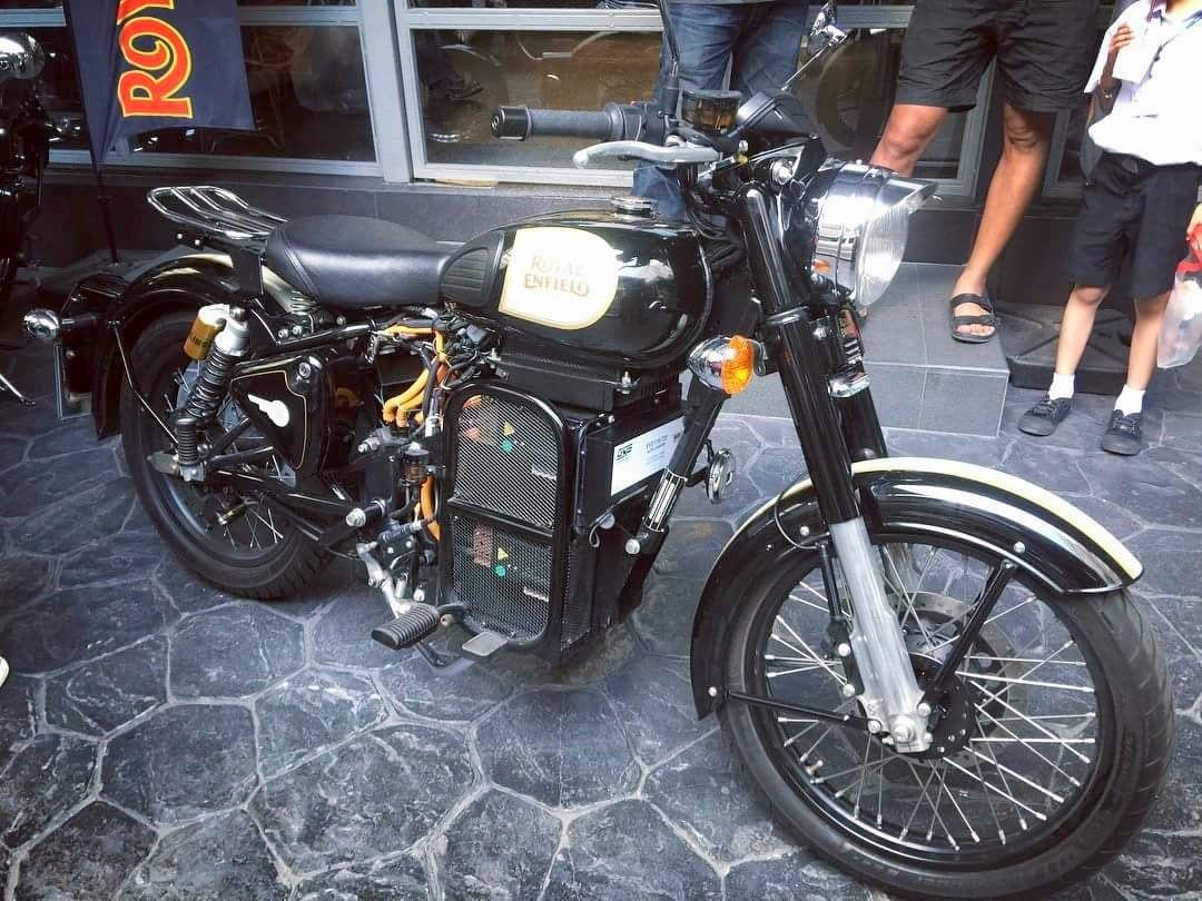 electric royal enfield classic 500 seen at thailand dealership find new upcoming cars. Black Bedroom Furniture Sets. Home Design Ideas