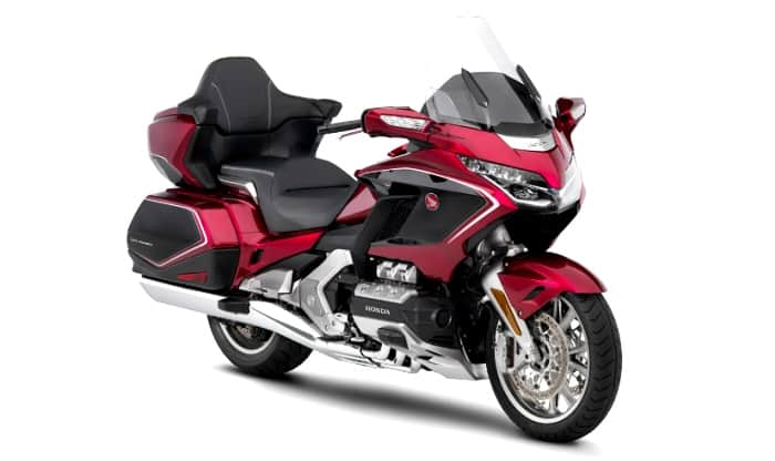 2018 honda gold wing front quarter
