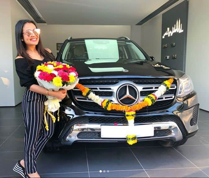 Mercedes 350 Suv >> Neha Kakkar Gifts Herself a Brand New Mercedes-Benz GLS 350 SUV | Find New & Upcoming Cars ...