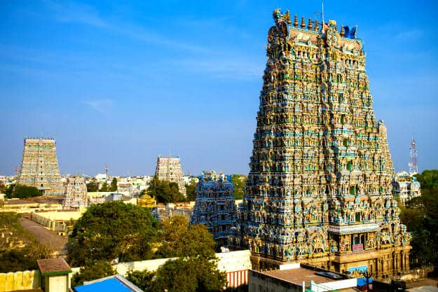 meenakshi temple If tamil nadu is the seat of south indian temple architecture, the madurai meenakshi amman temple is its crowning glory the temple structure with its concentric squares and high walled enclosures is a lesson for students of architecture.
