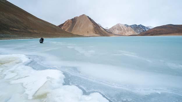 Frozen-lakes-main