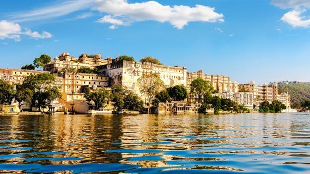 Rajasthan_Udaipur_LakePichola