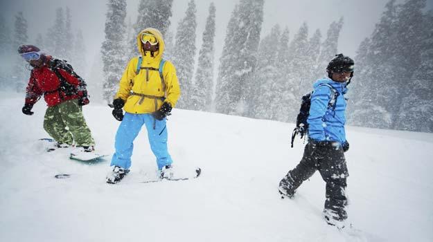 Jammu-and-Kashmir_Gulmarg_Skiing-in-Gulmarg_Skiing-in-Gulmarg_IWPL3