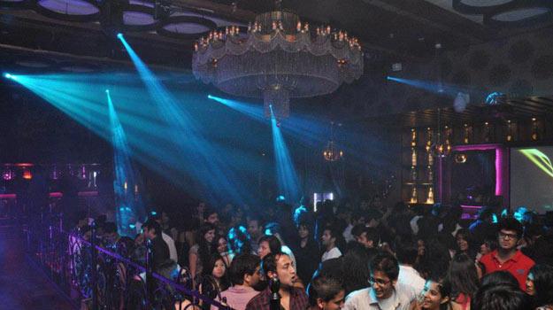 nightlife of mumbai