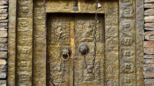 Gates-of-Sangla-Fort