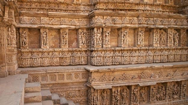 Ornate-carved-walls