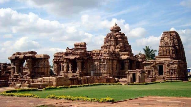 Mallikarjuna_and_Kashivishwanatha_temples_at_Pattadakal