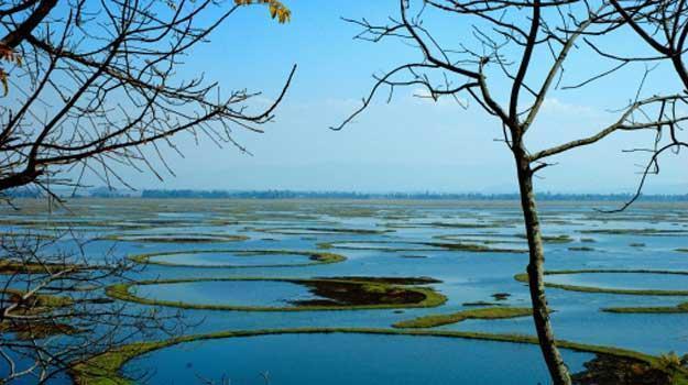 Manipur-Loktak-Lake