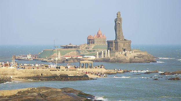 Tamil-Nadu_Kanyakumari_Thiruvalluvar-Statue-at-Kanyakumari_IWPL2