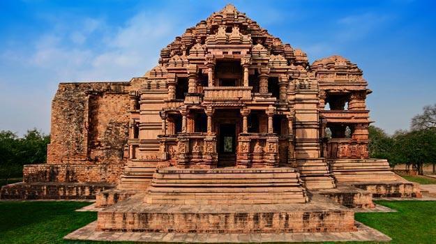 5-Madhya-Pradesh_Gwalior_Sas-Bahu-Temple_IWPL1