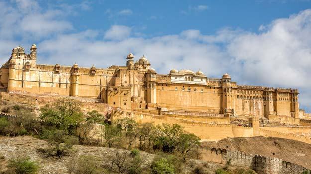 Rajasthan_Jaipur_Amer-Fort_The-huge-historic-fort-of-Amer_IWPL3
