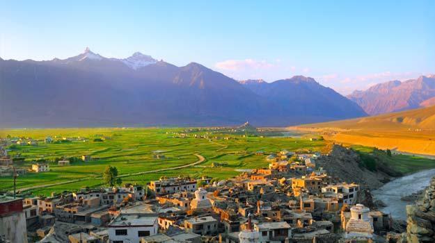 1 JammuandKashmir_Zanskar_Padum-City-in-Zanskar-valley_IWPL1