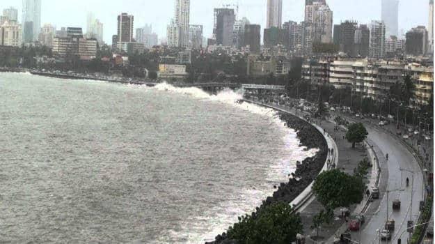 5 Places You Need To Visit In Mumbai To Enjoy Rains To The Fullest