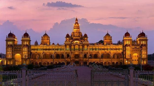 6 Majestic Palaces of South India that will take your breath