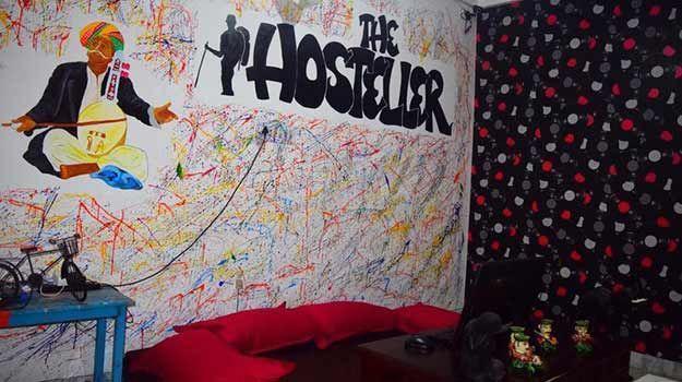 Hosteller