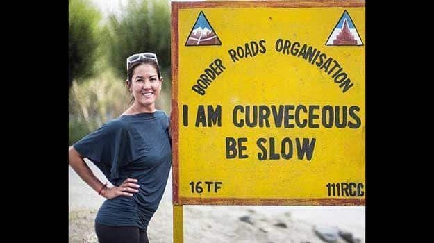 Road_signs_in_India_1